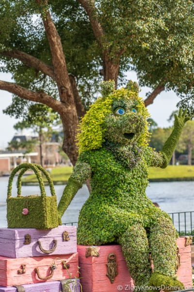 Miss Piggy Muppets Topiary Epcot Flower and Garden Festival