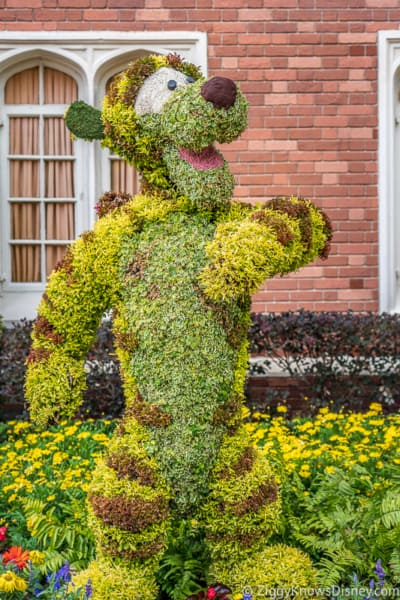Tigger Topiary Epcot Flower and Garden Festival