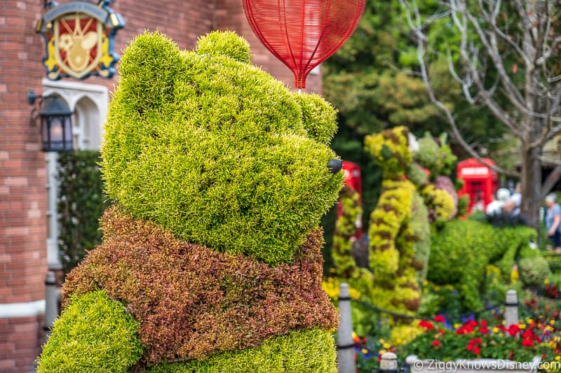 Pooh Bear Topiary Epcot Flower and Garden Festival