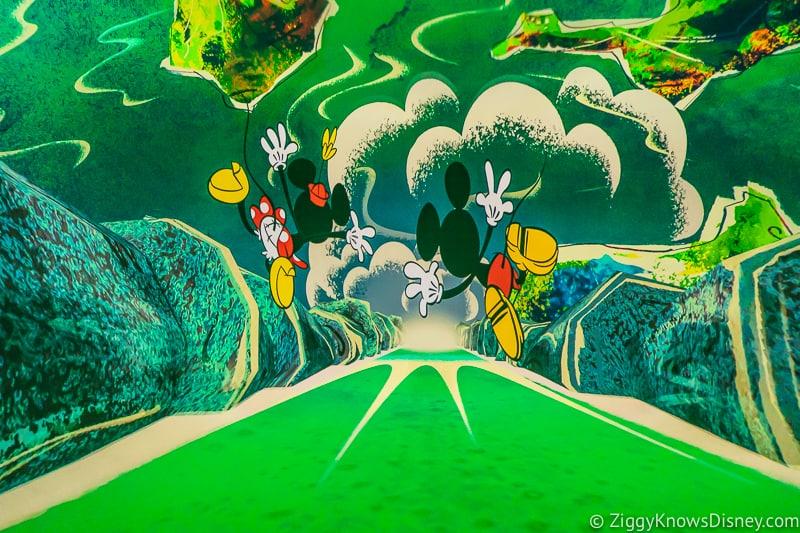Mickey and Minnie's Runaway Railway falling over waterfalls
