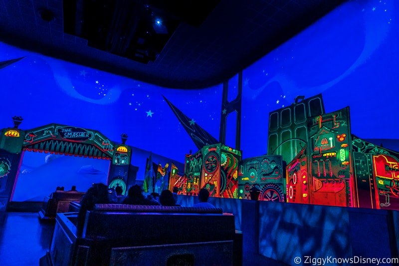 Mickey and Minnie's Runaway Railway going into the smasher