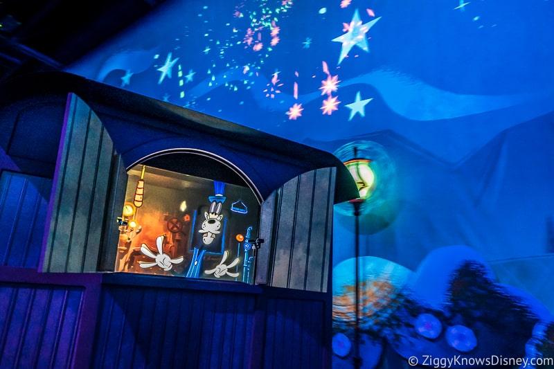 Mickey and Minnie's Runaway Railway fireworks and goofy