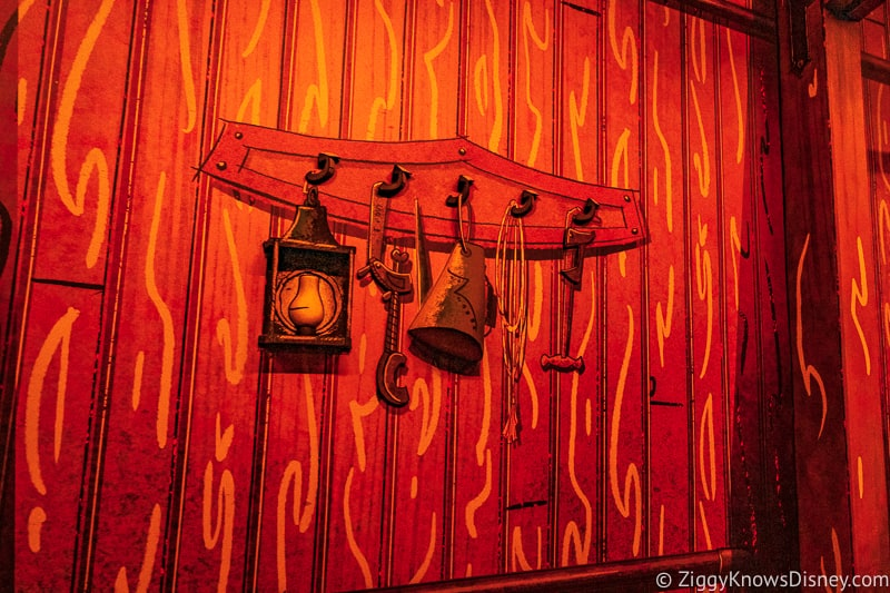 Mickey and Minnie's Runaway Railway decorations on the wall