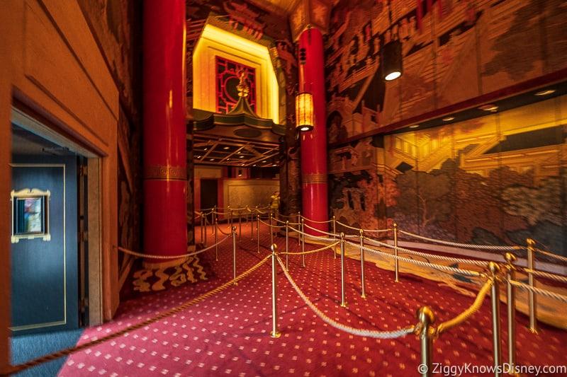 lobby entrance Mickey and Minnie's Runaway Railway