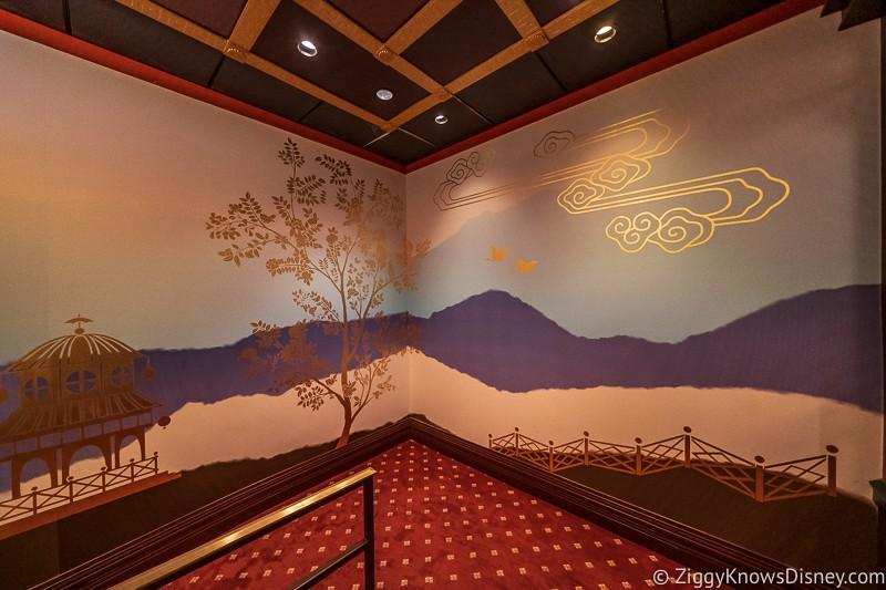 walls inside Mickey and Minnie's Runaway Railway