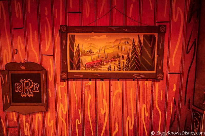 Mickey and Minnie's Runaway Railway hanging paintings