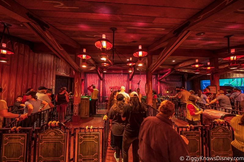 ride loading area Mickey and Minnie's Runaway Railway