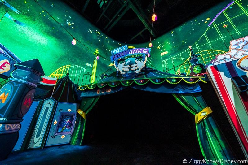 Mickey and Minnie's Runaway Railway ride