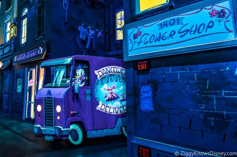 1401 Flower Shop Mickey and Minnie's Runaway Railway