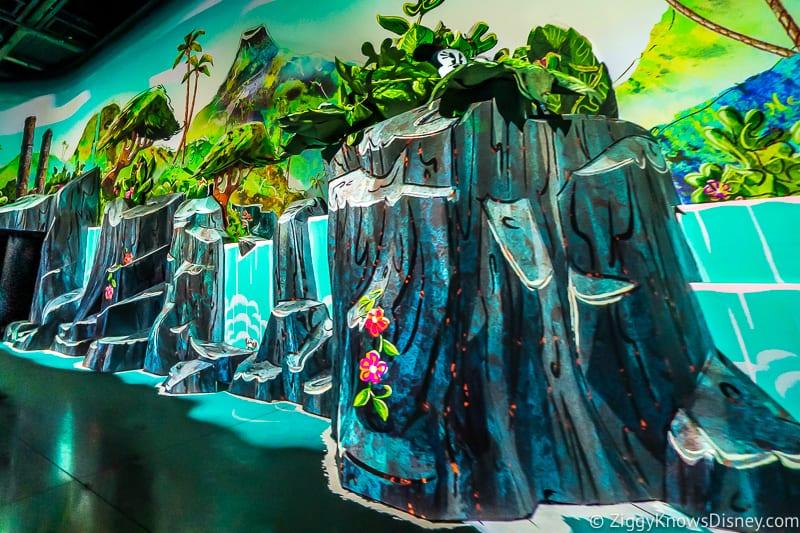 Tropical Scene Mickey and Minnie's Runaway Railway