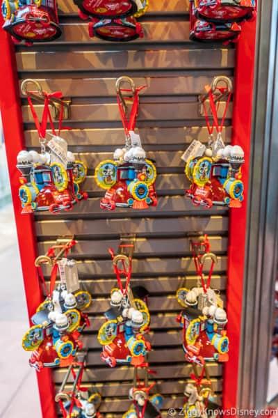 Key Chains Mickey and Minnie's Runaway Railway Merchandise