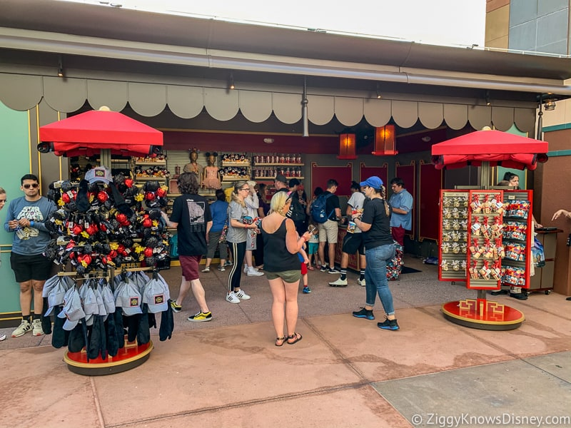 outside of Mickey and Minnie's Runaway Railway shop