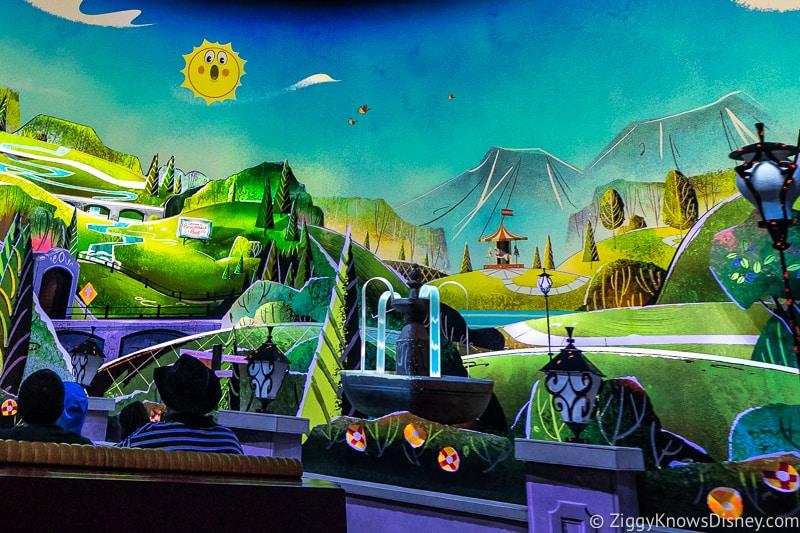 Secret Details hidden Easter eggs Mickey and Minnie's Runaway Railway