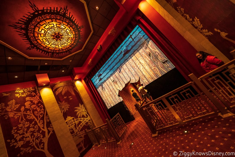 inside of Mickey and Minnie's Runaway Railway theater