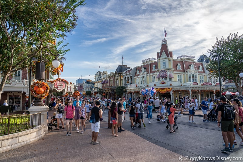 crowded Main Street USA in Magic Kingdom