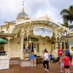 How to make Disney World Dining Reservations