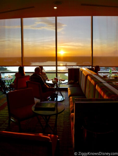 Dining Reservations in Disney lounges