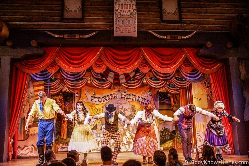 Hoop-Dee-Doo Revue stage performers