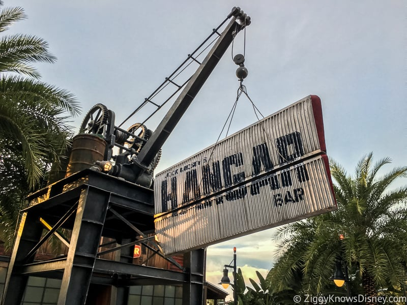 Jock Lindsey's Hanger Bar Disney Springs