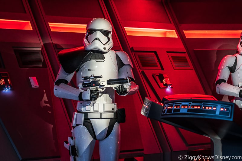 Stormtrooper Guard on Rise of the Resistance ride