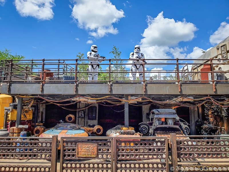 Star Wars characters distancing in Hollywood Studios after Reopening
