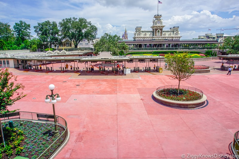 Magic Kingdom Entrance plaza after reopening