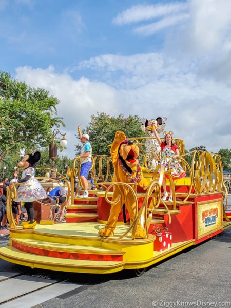 Mickey Mouse Character Cavalcade and friends Magic Kingdom opening