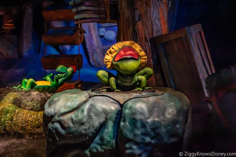 Frogs inside Splash Mountain Magic Kingdom