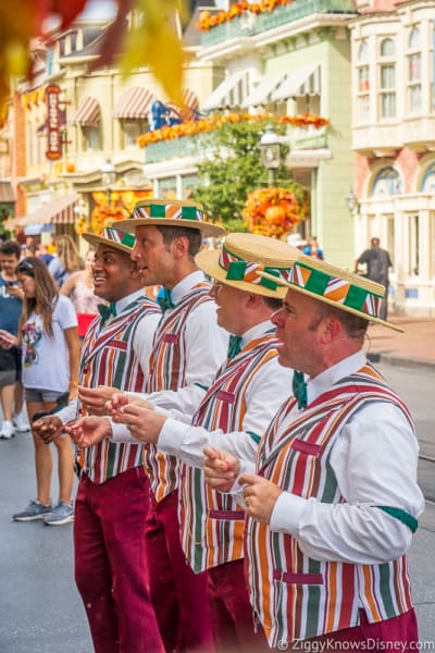Magic Kingdom Entertainment Dapper Dans