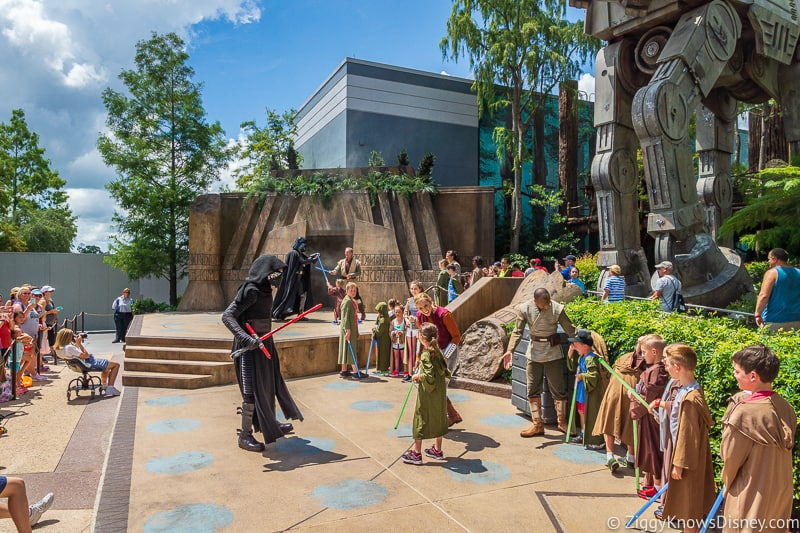 Hollywood Studios stage shows Jedi Training: Trials of the Temple