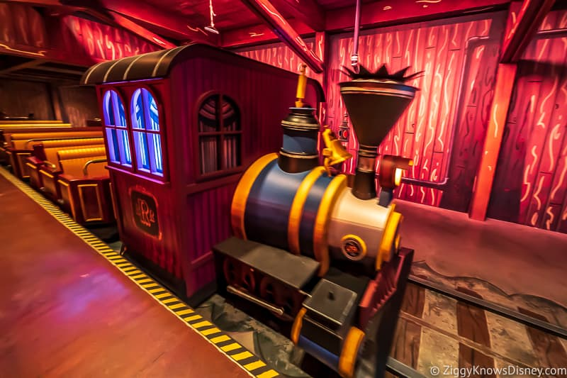 Mickey and Minnie's Runaway Railway train vehicle