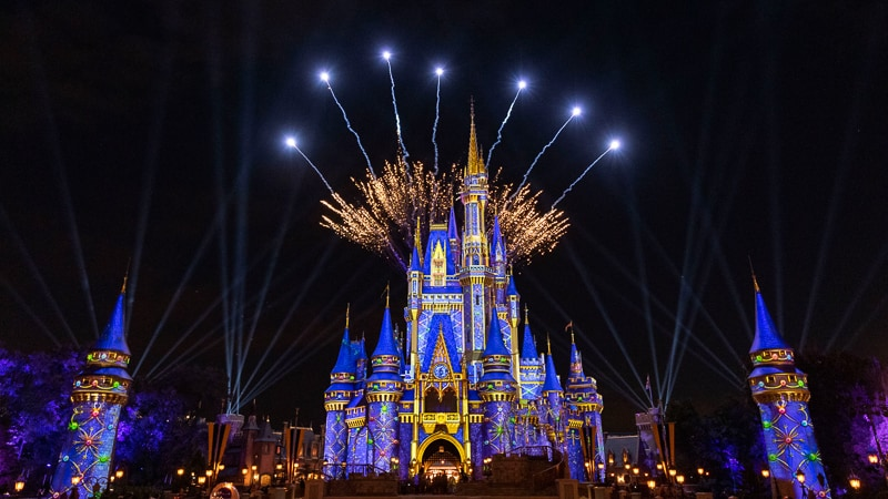 Cinderella Castle holiday projection show fireworks