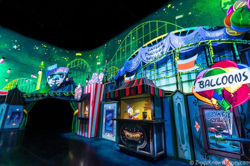 Mickey and Minnie's Runaway Railway carnival scene