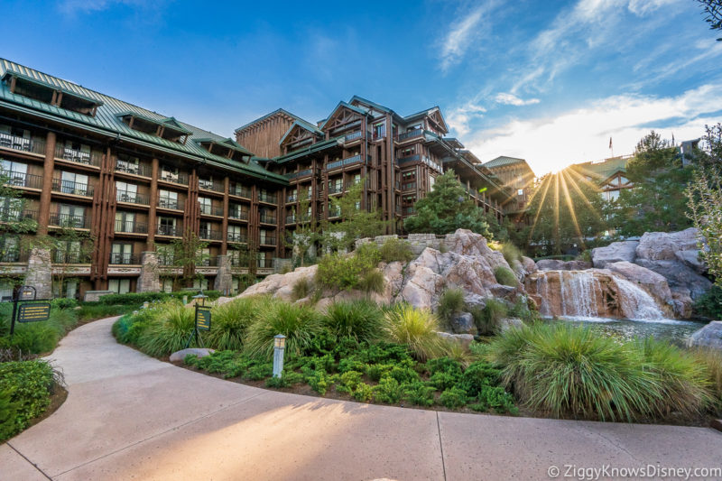Disney's Wilderness Lodge with sunburst