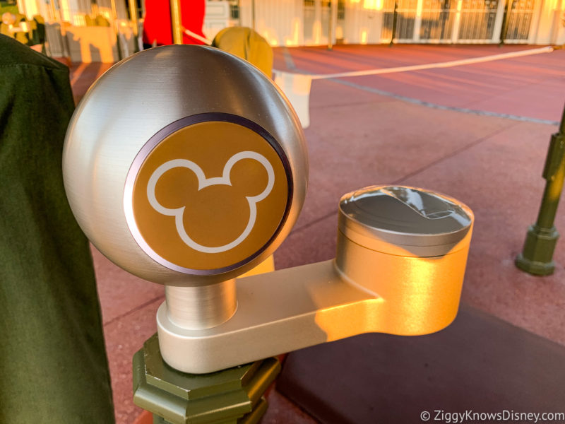 Disney World park entrance tap point