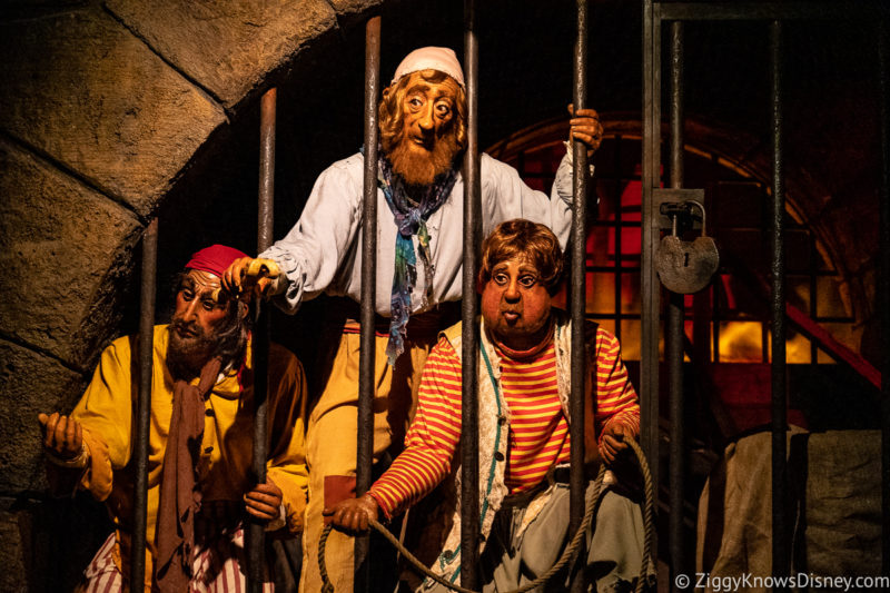 3 prisoners asking for key on Pirates of the Caribbean