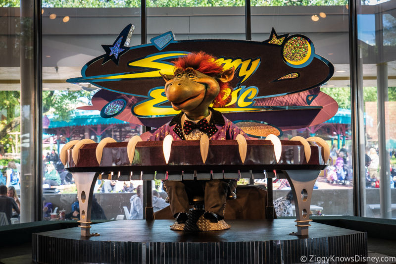 Sonny Eclipse Cosmic Ray's Starlight Cafe Magic Kingdom Restaurants