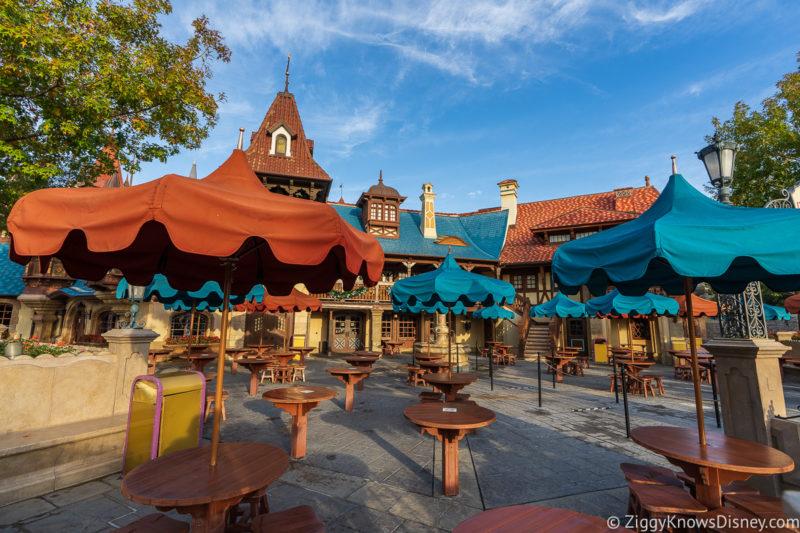 Pinocchio Village Haus Magic Kingdom