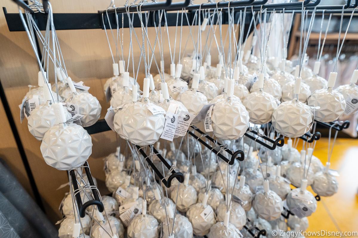Light & Color Ornaments Creations Shop EPCOT