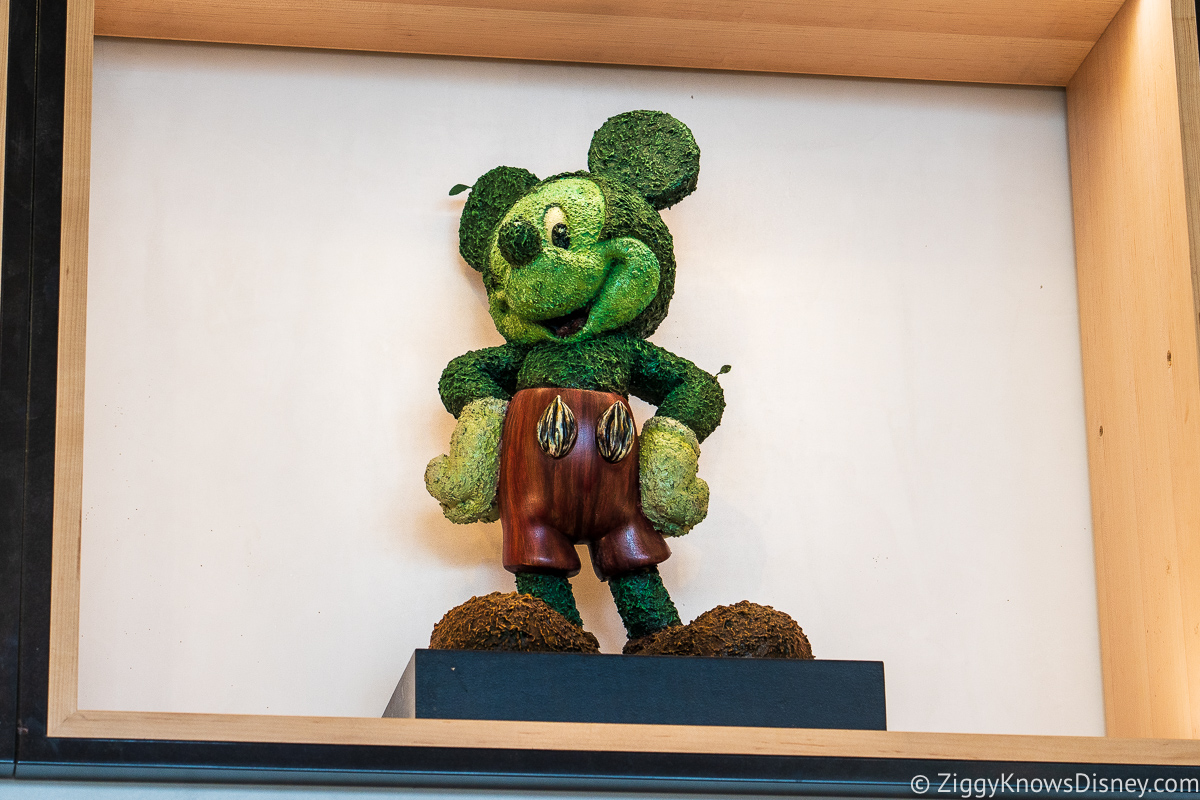 Green Topiary Mickey Mouse Creations Shop EPCOT